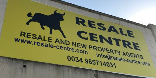 The Resale Centre supporting local kids football.