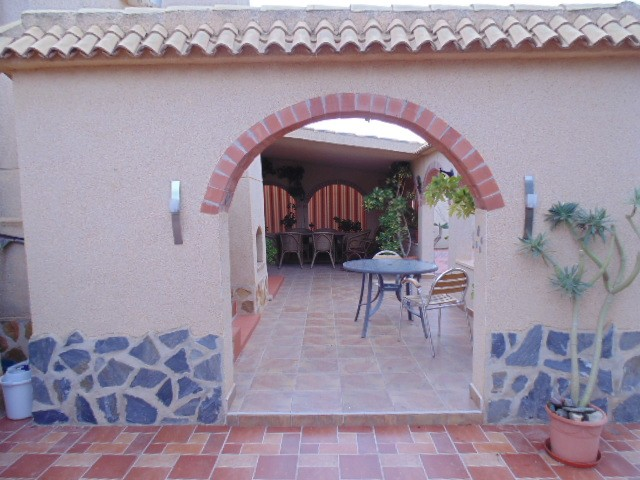Sale - Villa - Las Filipinas