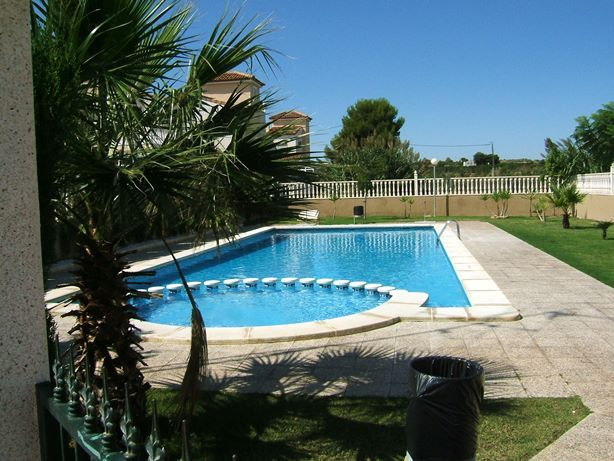 Sale - Quad House - Montebello