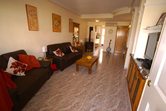Sale - Townhouse - Lo Crispin