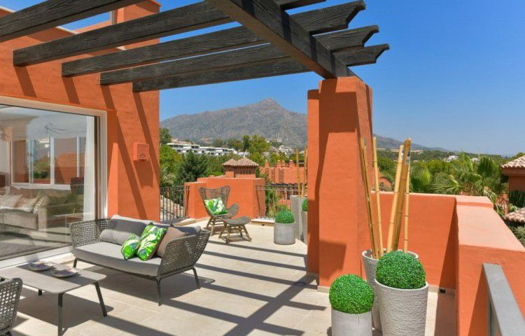 Sale - Apartments - Nueva Andalucia