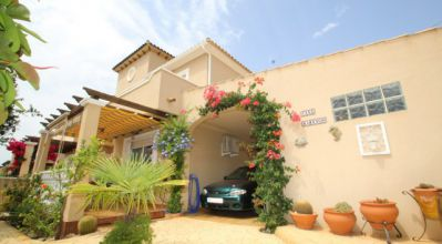 Semi Detached - Sale - Villamartin - Villamartin