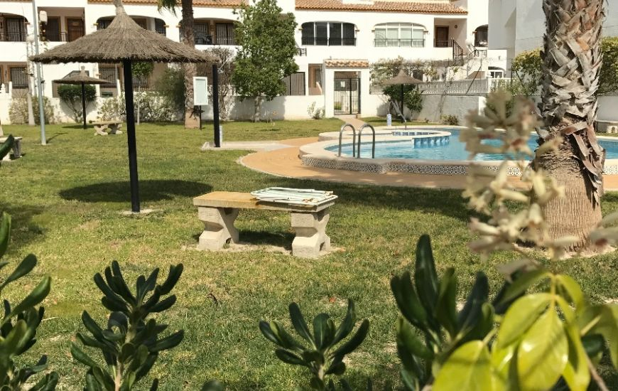 Sale - Bungalow - Los Montesinos